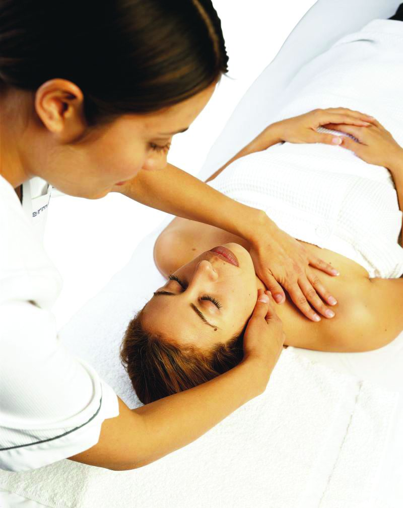 Body & Aromatherapy Massage